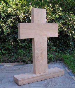 Eiken kruis